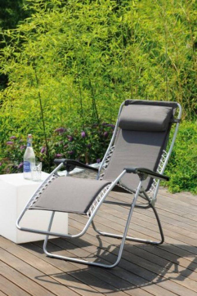 chaise longue en toile pliante comment choisir les meilleurs produits pour 2018 meilleur jardin. Black Bedroom Furniture Sets. Home Design Ideas
