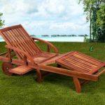 Chaise longue Tami Sun en bois d'acacia 200cm - transat bain de soleil de la marque Deuba image 1 produit