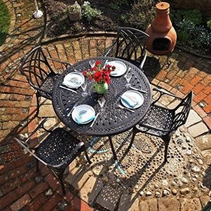 Lazy Susan - Table ronde 120 cm ALICE et 4 chaises de jardin - Salon de jardin en aluminium moulé, coloris Bronze ancien (chaises APRIL) de la marque Lazy Susan image 0 produit
